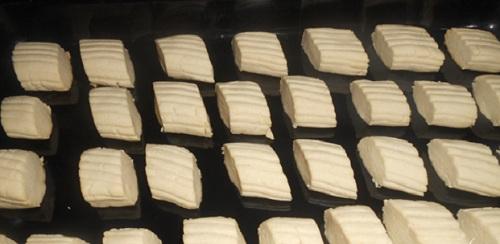 Ağızda- Dağılan -Pastane- Un -Kurabiyesi- Tarifi