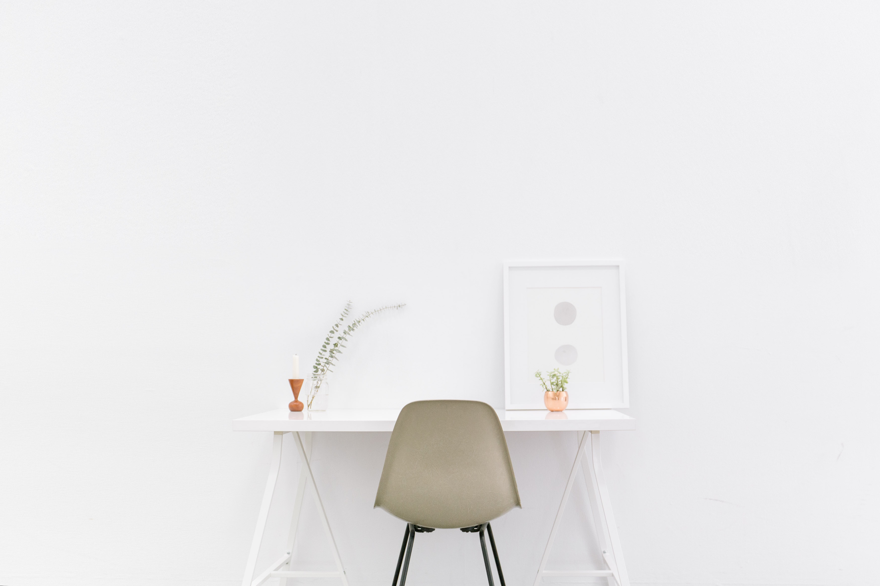 Minimalist Desk Chair Minimal Desk Office Chair Free Stock Photo Negativespace