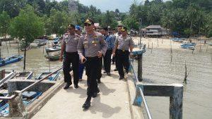 AKBP Frengky di Pelabuhan Tanjung Tedung (foto Roni)