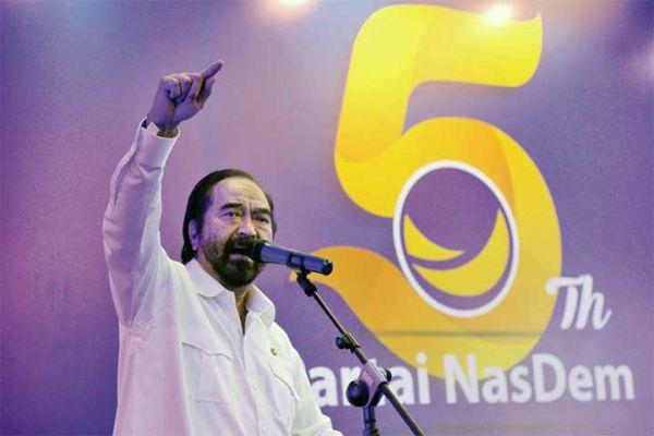 Ketua Umum Partai NasDem Surya Paloh saat menyampaikan orasi politiknya pada peringatan HUT ke-5 Partai NasDem di Jakarta, Jumat (11/11) kemarin. (foto:ant)