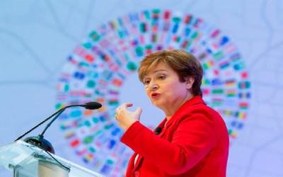 FMI: Este año las vacunas son la política económica más importante