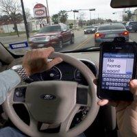 Se prohíbe en la Florida  enviar mensajes de texto mientras se conduce