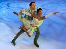 Disney_on_Ice_Tiana-Naveen