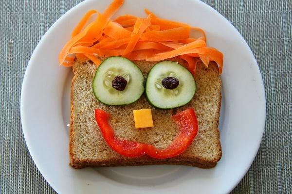 """Сандвичи """"Усмивка"""""""