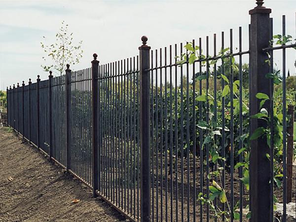 Recinzioni Parma Piacenza  Realizzazione recinto giardino