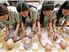 filipino domestic helpers