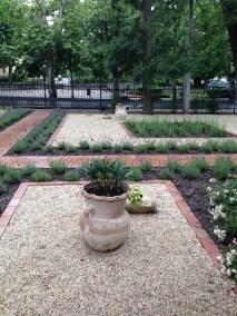 Siófok Jókai Villa kertje - Négy Évszak Kertészet (7)
