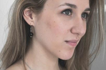 Ce model de boucles d'oreille est un indispensable dans sa boite à bijoux !