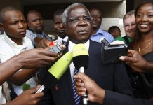 Mozambique's opposition leader Afonso Dhlakama