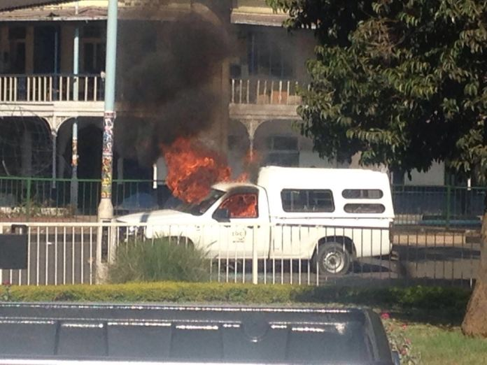 Car belonging to the state broadcaster ZBC set on fire