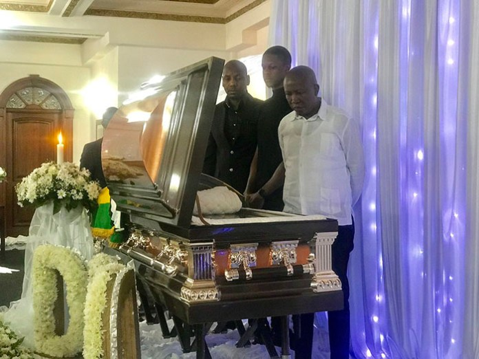 Julius Malema visited the Blue Roof, the place where the Mugabe family resides in Harare to pay his last respects to the late former President as well as offer condolences to the former First Lady Grace Mugabe.