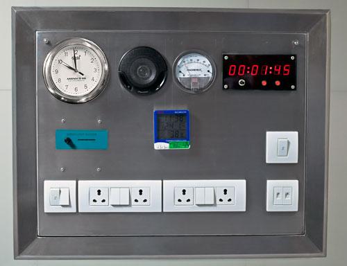Circuit Breaker Circuit Controls And Indicators S1 Resets The Circuit