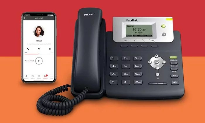 Ooma Office phone and mobile for VoIP Phone Services