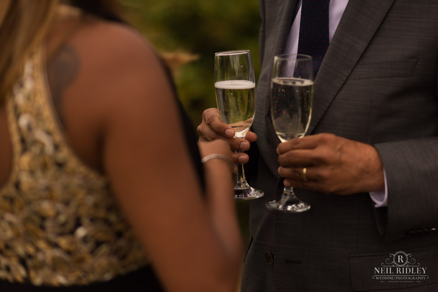 Merrydale Manor Wedding Photographer - Champagne glasses