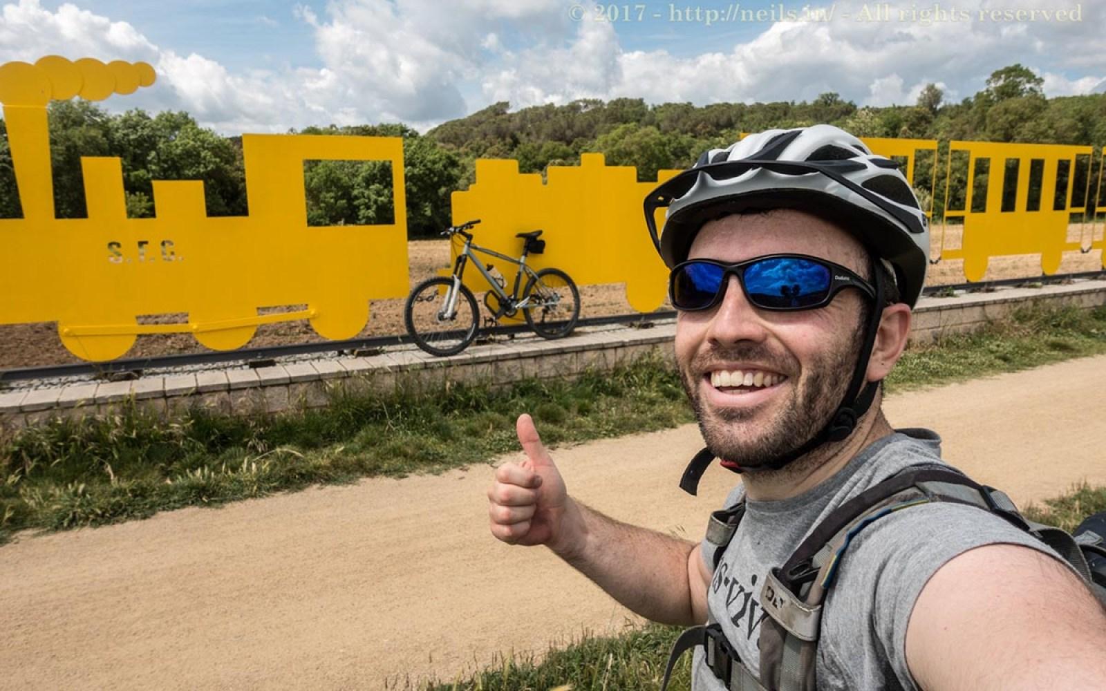 Ruta del Carrilet - Train sculpture along the way