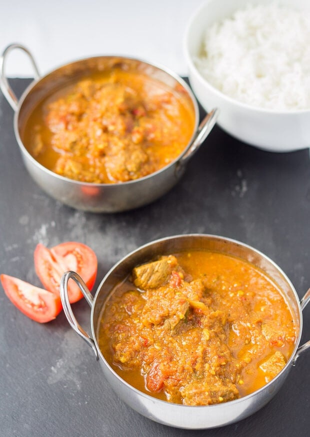 Beef curry casserole is a medium hot, melt in your mouth curry which is only 350 calories per serving and is really simple to prepare. You just pop it into the oven for a couple of hours whilst you get on with doing other things. A perfect, easy healthy curry, ready and on the table with minimum effort.