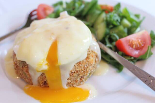 These delicious home made smoked haddock fishcakes are coated in wholemeal breadcrumbs and then oven baked, making this a much healthier fishcake than if they were fried. After baking them they're topped with a fresh poached egg and then coated in a sensational low fat mustard sauce. Home cooking and healthy cooking at it's very best.