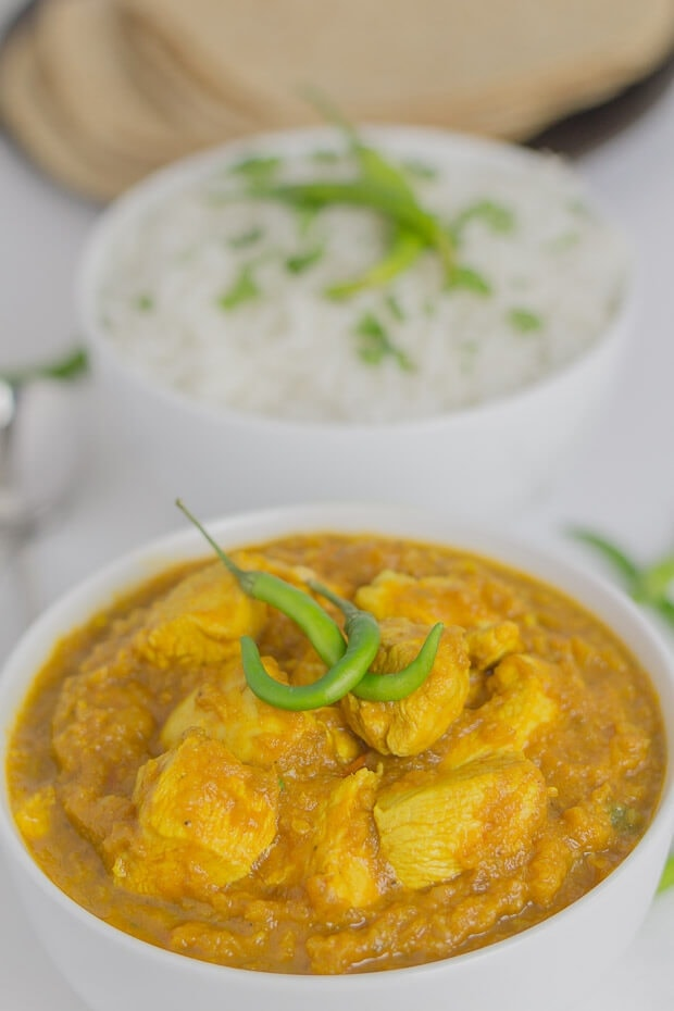 Rich tasting, spicy and with deep flavours this green chilli chicken curry is one lean mean spicy dish. You decide on the spiciness by choosing to either leave the seeds in the chillies or not!