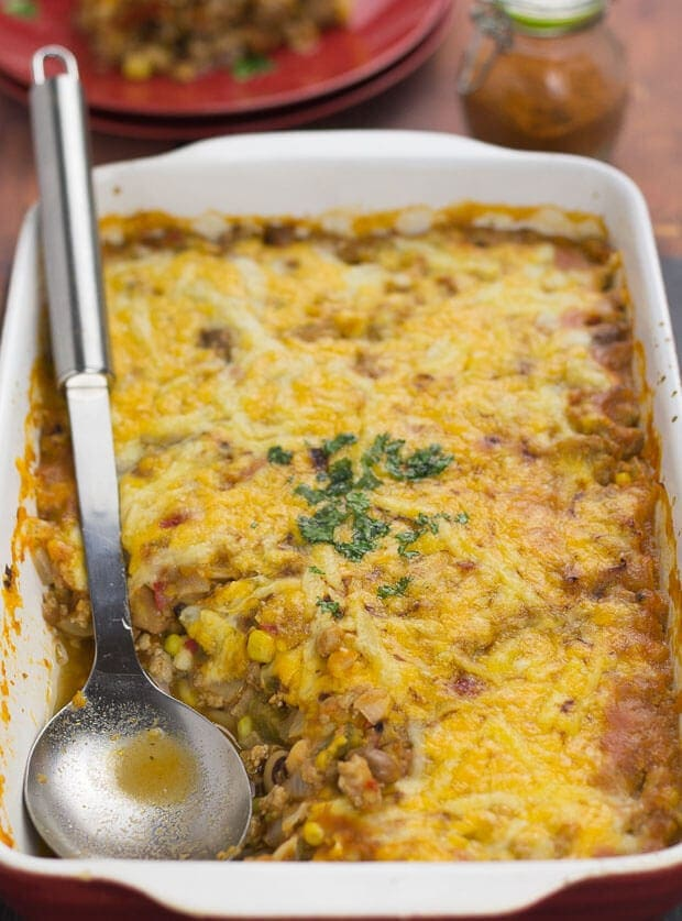 This Mexican bean bake is such a delicious quick healthy meal. It's stuffed full of protein, dietary fibre and essential vitamins and minerals. Plus, it's ready on the family table in less than one hour.