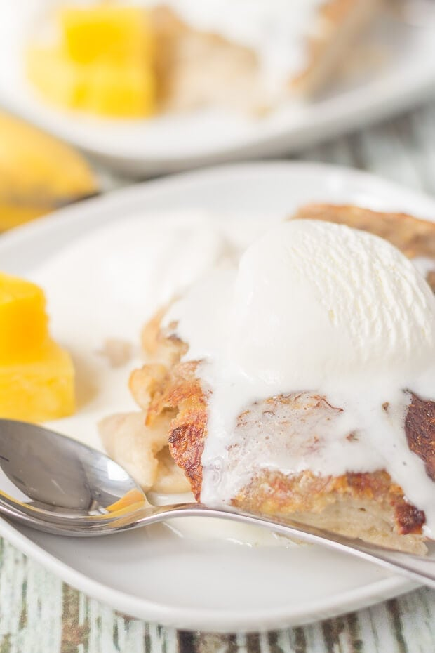 Hawaiian banana bread pudding is my healthier take on the delicious traditional bread and butter pudding. With a golden crust and classic flavours this is a simple and comforting pudding that just tastes so indulgent!