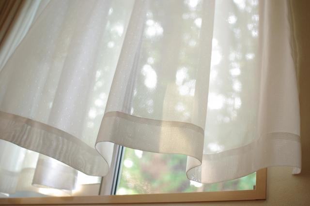 カビつきカーテンは自宅で洗濯!洗濯機での洗い方カビの落とし方4選