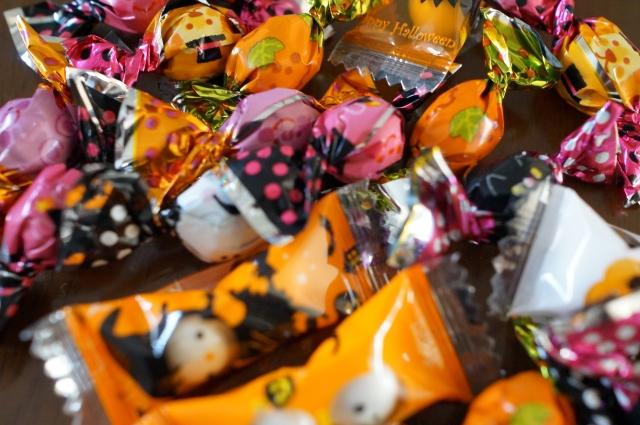ハロウィンで手作りお菓子NGは本当?どんなあげ方で配るのがベスト?