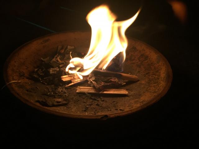 お盆の迎え火と送り火とはどんな意味?日にちと時間 やり方も教えて!