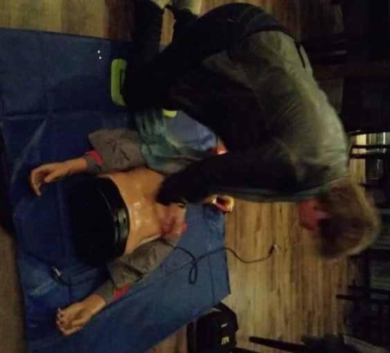 Vrijwilligers van de reanimatie/AED groep weer getraind