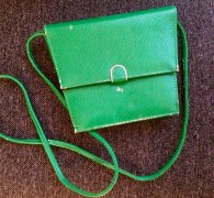 My very first second-hand find (as far as I can remember) in Kallio was from Ansa: I bought this green bag in 2006 (back then it was still in great condition, now it's a bit battered).