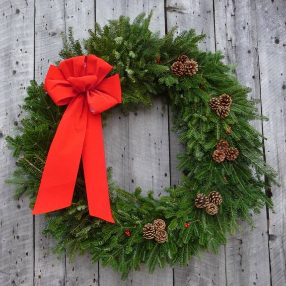 34 balsam wreath red