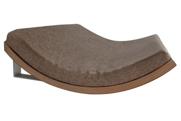 131007catbed04 600x402 - モダンな猫ベッドシリーズ:Curve Pet Bed
