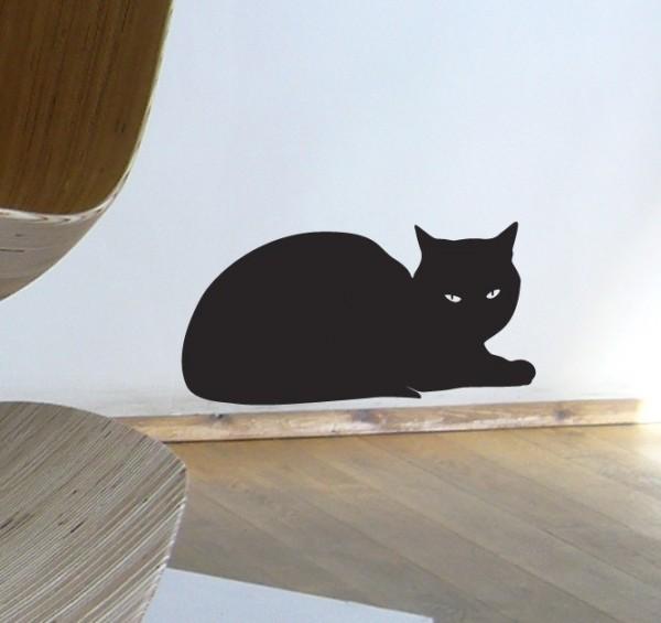 141019catwallsticker 600x565 - 黒猫のウォールステッカー、主人顔で壁に鎮座する