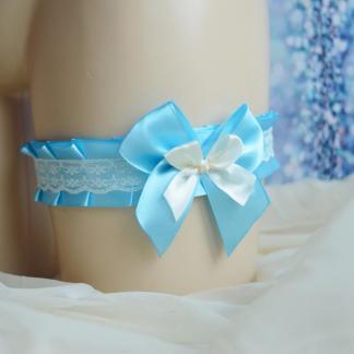 Pastel blue garter