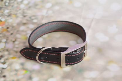 Leather BDSM buckle collar - Red Delight
