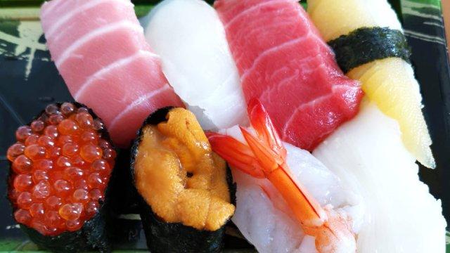 2020年お正月の角上魚類のお寿司・お刺身のレビュー、感想など。