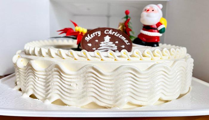 2020年ヤマザキのクリスマスケーキ「ホワイトケーキ6号」の感想、大きさ。バタークリームのケーキについて。