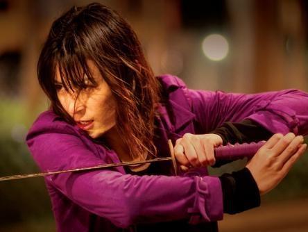 独立後出演したアクション映画「SASORI」(画像引用:http://blog-imgs-34.fc2.com/r/o/n/rona1210/img_4980_large.jpg)