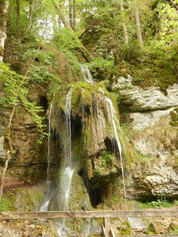 Wasserfall am Rande