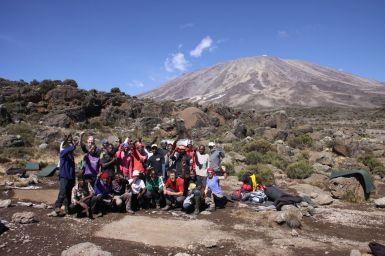Im Third Cave Camp - Unser Team vor dem Aufbruch zur School Hut
