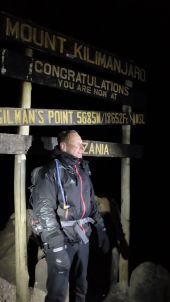 Wir erreichen den Kraterrand am Gilman's Point um 4:30