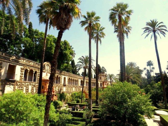 Jardinés de Alcazár Sevilla Urlaub Andalusien