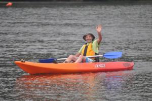 Hire a single kayak at Nelligen