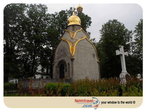 the chapel,novodevichy, convent, chapel, moscow, architecture, domes, golden, burial, vault, Prokhorov family;