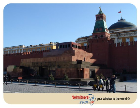 Lenin's Mausoleum; Lenin's body; Lenin Mausoleum hours;lenin's body preserved;lenin mausoleum pictures
