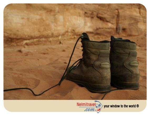 desert clothing; clothes for desert; desert adventure; desert conditions
