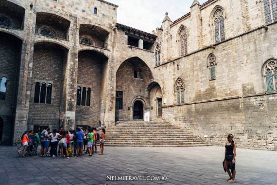 Local Guddy; Local Guides; Local Guides Barcelona; Travel Barcelona; Nelmitravel; Old Town Tour;