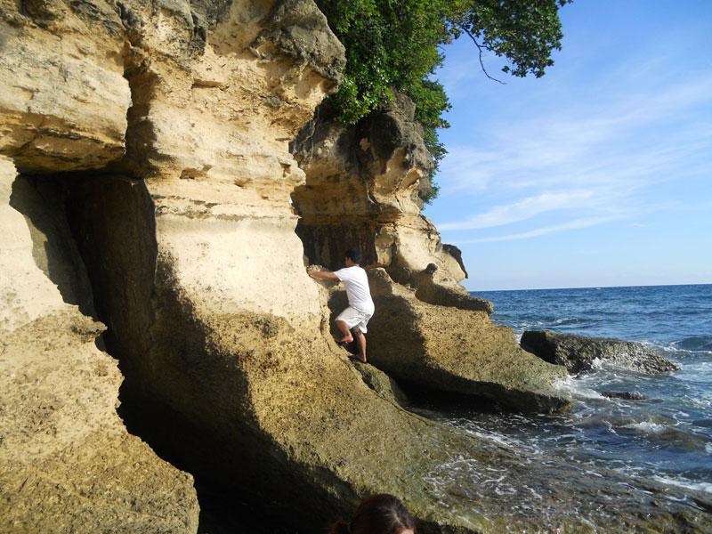 Exploring the edge of Kenyama Beach