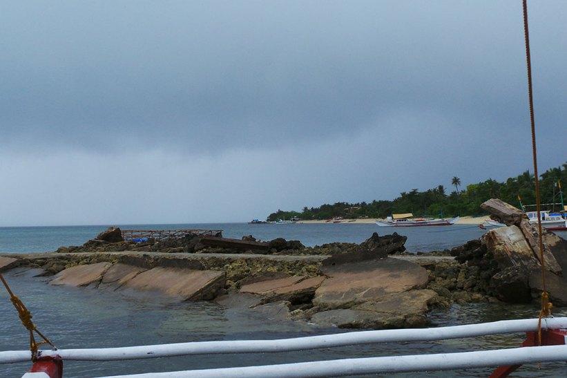 Arriving at Maniwaya Island Port