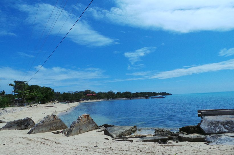 Maniwaya Island Port
