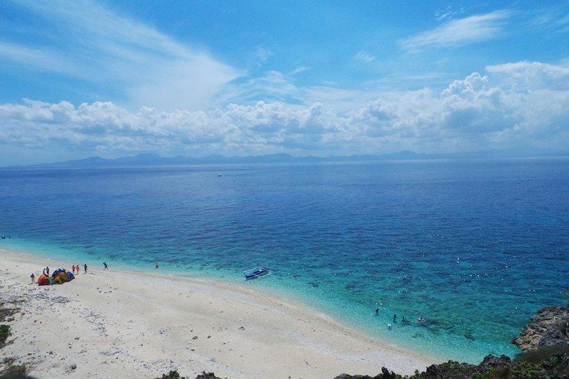 Sea view of Fortune Island